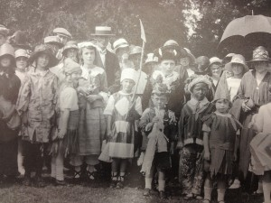 Verbena is the small blonde girl who is standard sidewways on. This picture is taken from Gissing Hall in 1921.