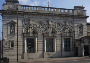 A recent photograph of Islington Central Public Library.