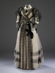 Silk Chiffon Sara Mayer Morhanger 1892. Minnie would have made dresses similar to this.