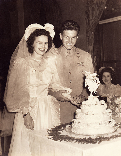 a typical wartime bride and groom