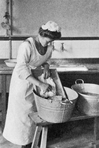 Image of domestic servant early 20th century