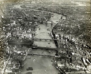 Aerial view of London, c. 1920.