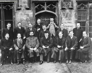 Fig. 1: Albert Mansbridge on The Union Committee (second from the right, bottom row).