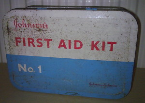 vintage-medical-tin-johnsons-johnson-s-first-aid-kit-no.1-complete-with-contents-factory-office-work-1960s-2270-p